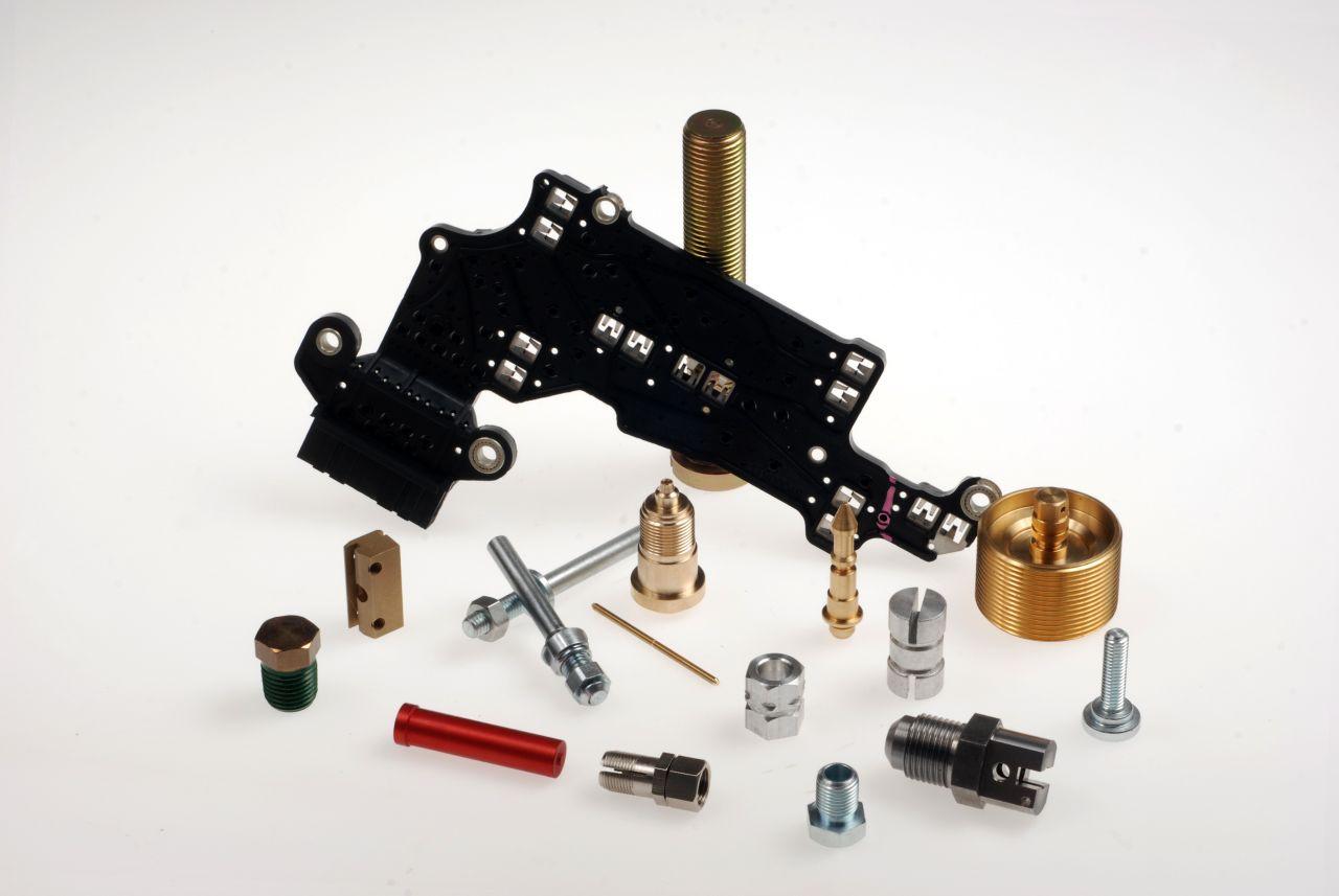 Décolletage de pièces pour les appareillages électriques