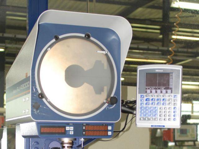 Des équipements classiques de métrologie et de contrôle complètent nos systèmes 3D et numériques